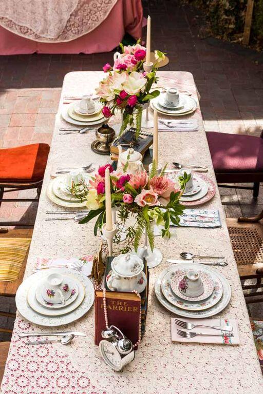 alice-in-wonderland-wedding-utensils