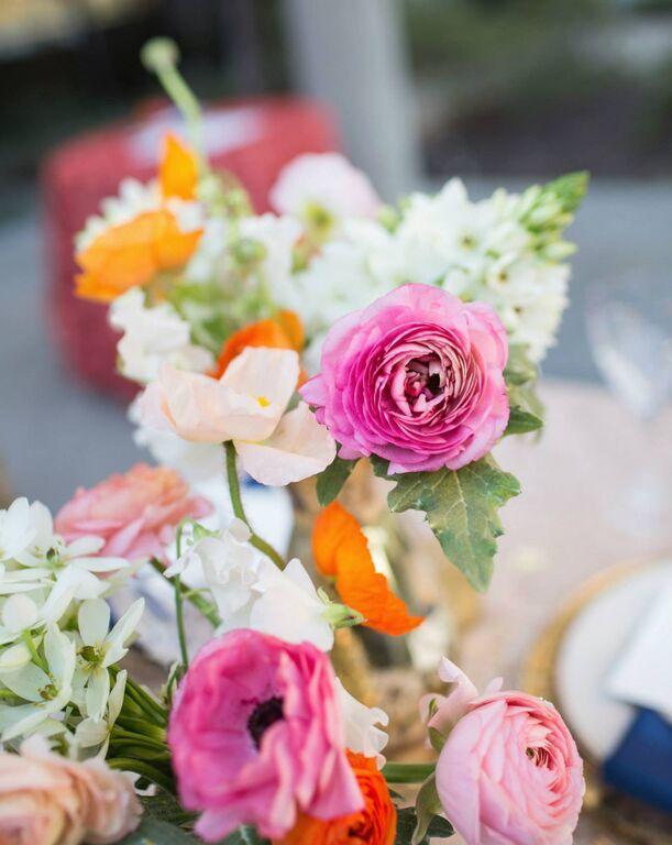 disney-tangled-wedding-flower-decor