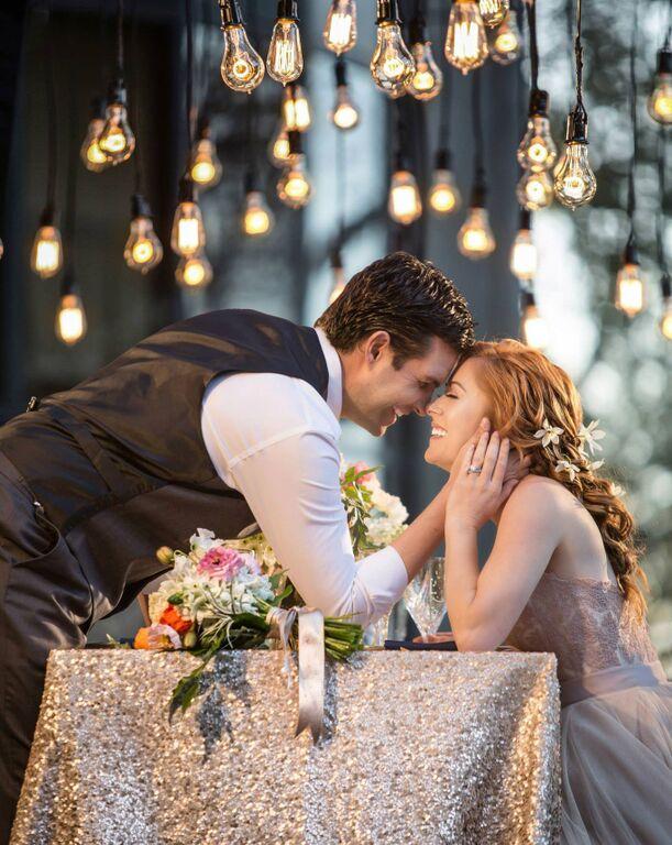 disney's-tangled-inspired-wedding