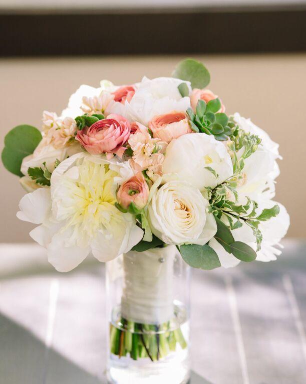 leslie-tommy-flower-decors