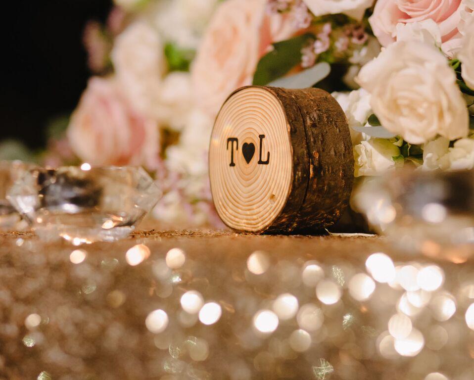 leslie-tommy-wedding-design