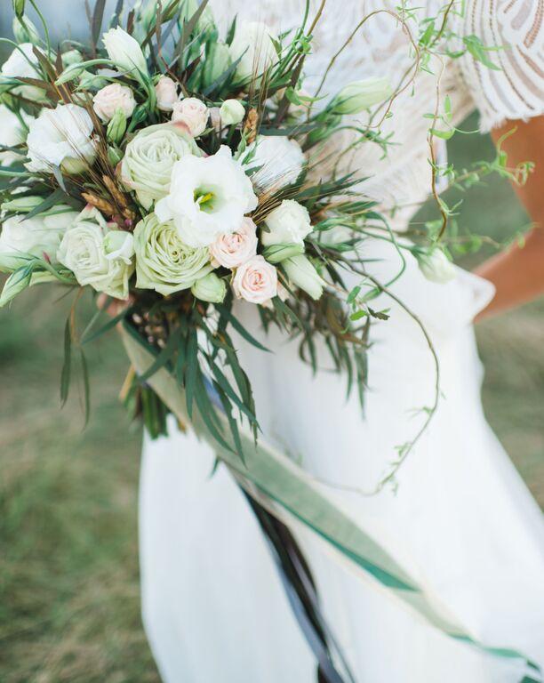 southern-equestrian-wedding-boquet (2)