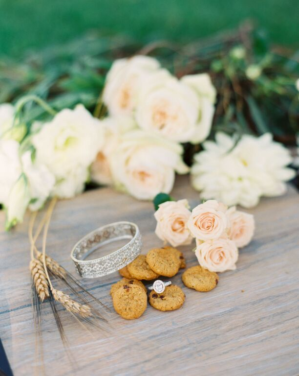 southern-equestrian-wedding-rings