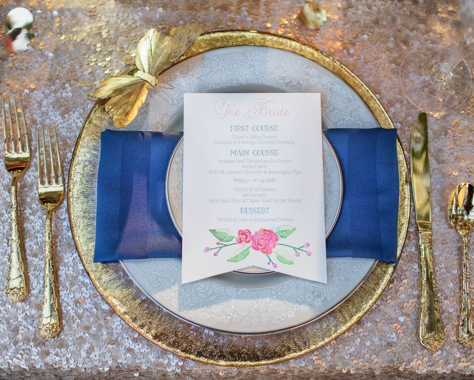 tangled-inspired-weddin-table-set