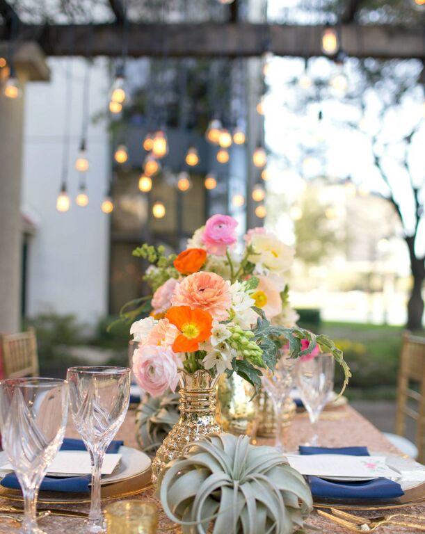 tangled-inspired-wedding-flower-designs