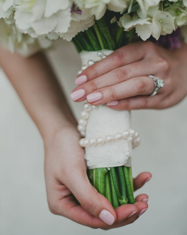 thuy-brady-wedding-boquet