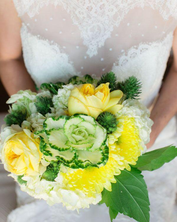 vintage-charm-brides-boquet