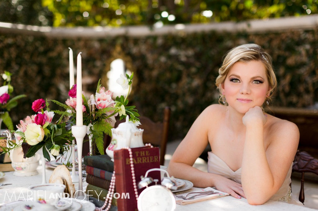 dallas-wedding-photographers-mariel-and-joey-lifestyle-photography-keestone-events-at-arlington-hall-we-+-you-flowers-rent-my-dust-dandelion-cheesecakes-panini-bakery-cakes-199