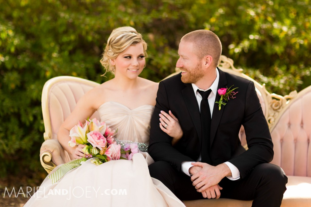 dallas-wedding-photographers-mariel-and-joey-lifestyle-photography-keestone-events-at-arlington-hall-we-+-you-flowers-rent-my-dust-dandelion-cheesecakes-panini-bakery-cakes-354