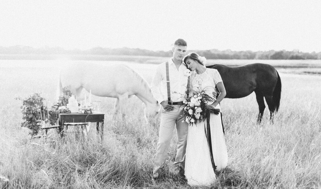 equestrian-couple-black-and-white