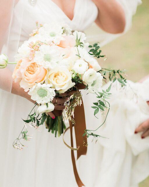 pam-shane-wedding-boquet