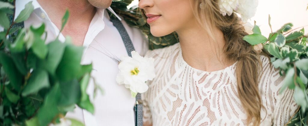 vintage-equestrian-wedding-featured-couple