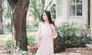 Old-World Maternity Shoot
